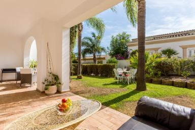 Casa Coconut family apartment Luz