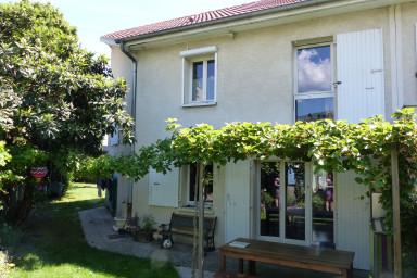 Villa avec jardin et parking ✨ Tram E à 4 min  #M6
