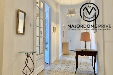 Dans immeuble bourgeois, très bel appartement - dernier étage - #AX