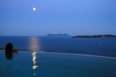 Full moon reflections in the pool & sea
