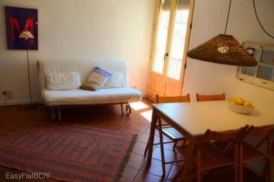 Quiet apt + free wifi for Corporate travelers and monthly stays -Rambla G