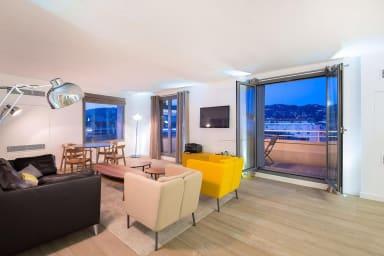 Splendide penthouse très comfortable et central