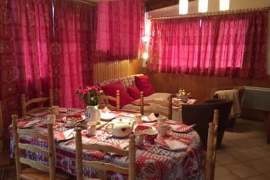 L'Aubier 1, 3 bedrooms, 1 bathroom, ski in ski out.