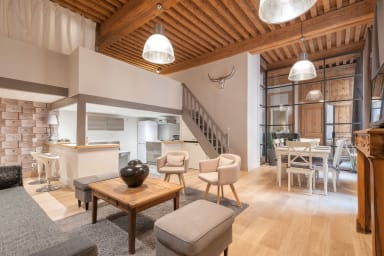 MAGNIFICENT LOFT CANUT HYPERCENTRE