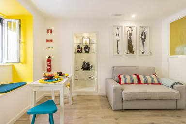 Colourful Apartment located in Old Town Lisbon