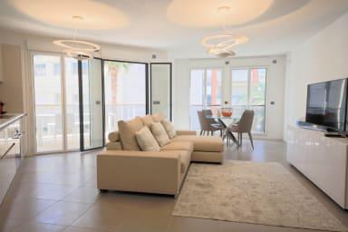 Palm Beach, appartement 3 chambres, climatisé avec terrasse, 6 voyageurs