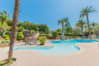 IMMOGROOM- EXCLUSIVE- Swiming-Pool  Tennis- Terrace -A/C-CONGRESS/BEACHES