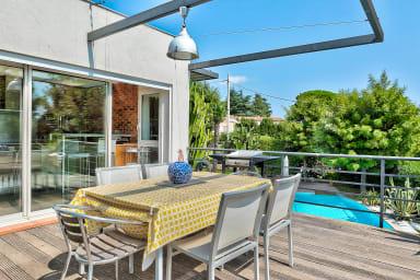 IMMOGROOM - Magnificent villa - Pool - Huge Garden- A/C - CONGRESS/BEACHES