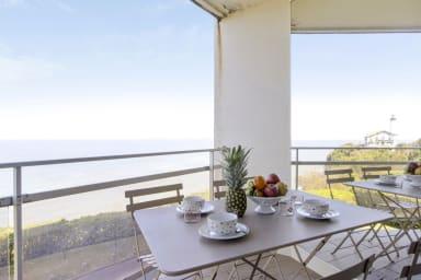Lumineux T2 avec balcon et vue sur mer à Biarritz