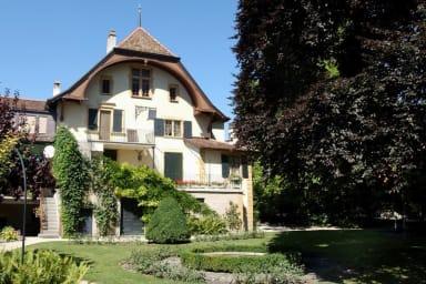 Wunderschönes Weinberghaus mit großem Garten