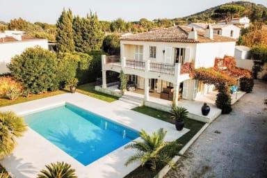 Villa Eden / Villa d'exception au cœur de Saint Tropez avec piscine