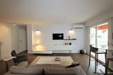 Moderne appartement 2 chambres/1 salle de bain, terrasse calme/aperçu mer