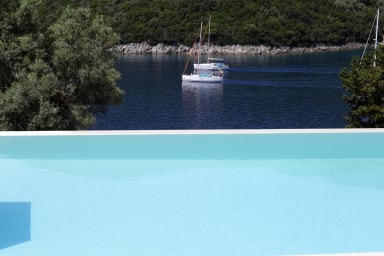 Villa Zoe - Direct Sea Access & Live Scenery at the Entrance to Sivota Bay