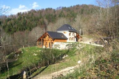 Belle maison atypique au cœur du massif de Chartreuse à Corbel