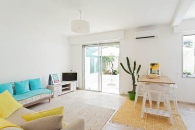 Studio lumineux et climatisé avec terrasse au coeur de Nice - Welkeys