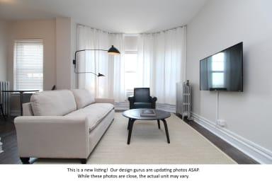 Charming Noble Square 1BR Suite