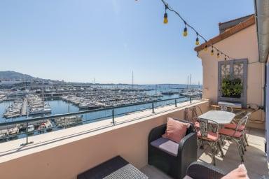 Quai St Pierre Stunning 5* Duplex balcony - Breathtaking view on old harbor