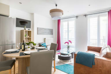 Cozy 3BR Apartment in Capucins, Bordeaux