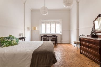 Spacious Room for 2 in The City Centre