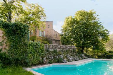 Villa Terrubi / Petite bastide authentique nichée dans les vignes