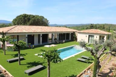 Villa Vicara / Grande villa moderne