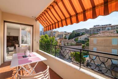 Appartement Tassigny / Bel appartement avec grand balcon