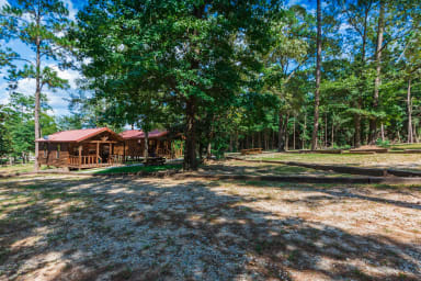Lake Time Cottage - Waterfront on Lake Sam Rayburn