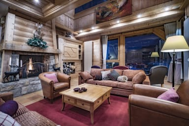 Luxury Chalet with Panoramic Views in Val d'Isère