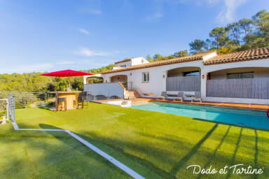 Remarkable 2 bedroom house with pool - Dodo et Tartine