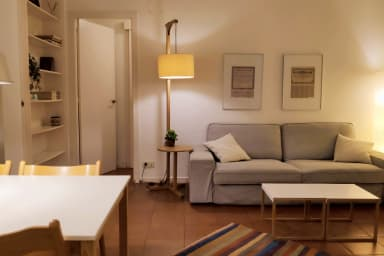 Rambla-Plça Catalunya 2BR + free wifi, equipped for monthly stays -Rambla H