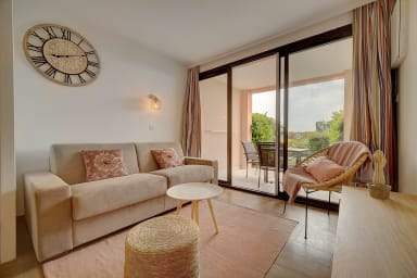 IMMOGROOM- Sea view- Pool-Terrace- Garden- Parking- Renovated-CONGRES/BEACH