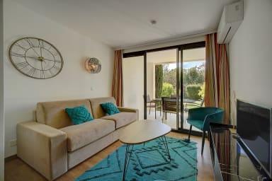 IMMOGROOM- Renovated- Terrace- Garden- A/C- Parking- CONGRESS/BEACHES