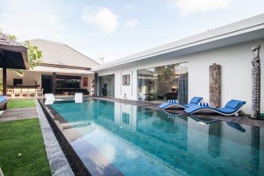 Villa Jago   3 bedroom private luxury villa rental in Seminyak Bali