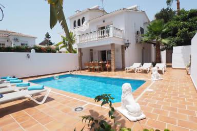 Nerja Paradise Rentals - Villa Los Leones