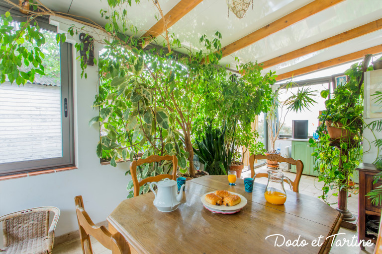 Green house with garden in La-Valette-du-Var — Dodo et ...