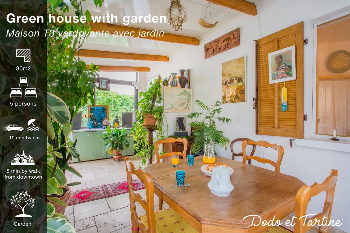 Green house with garden in La-Valette-du-Var — Dodo et Tartine ...