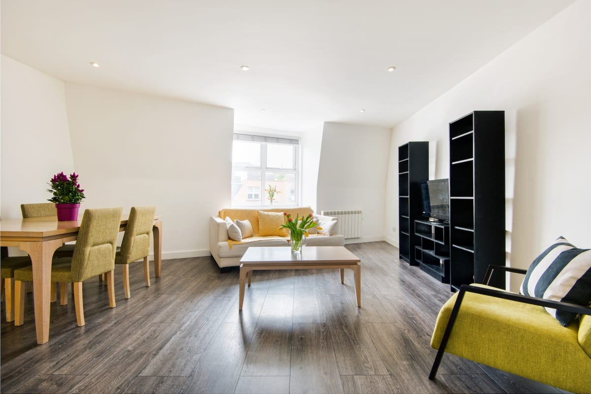 HAMPSTEAD SUITES Lovely 2-Bedroom Apartment photo 15728946