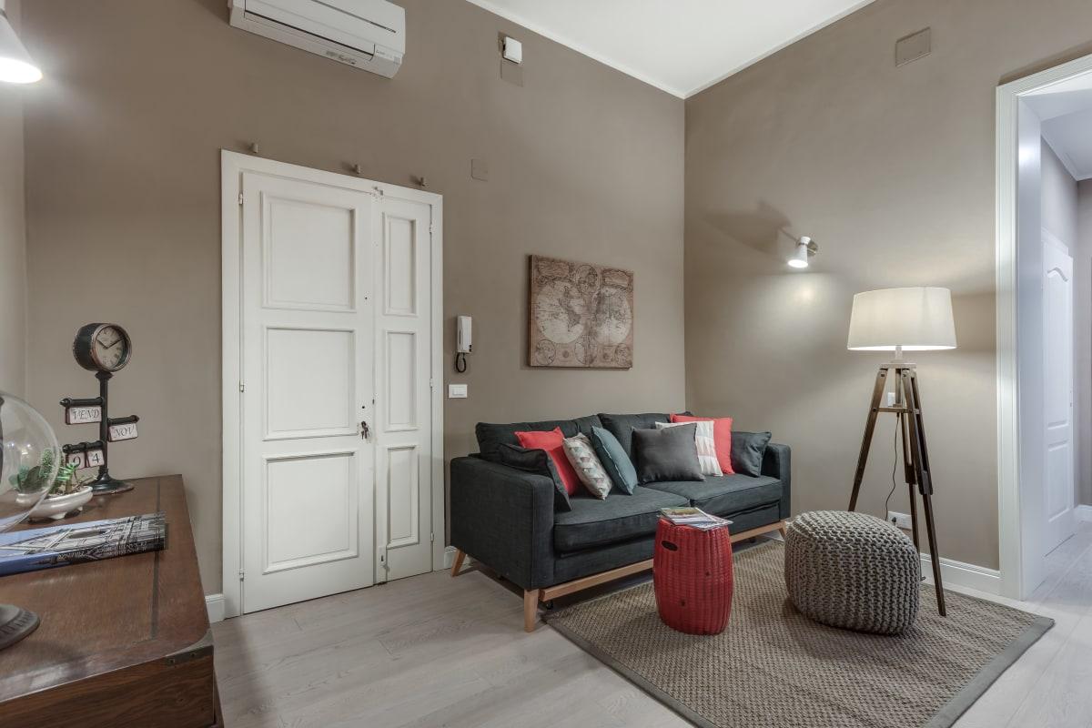 GIGLIO COURTYARD - Duomo Stylish Apartment! photo 20288554