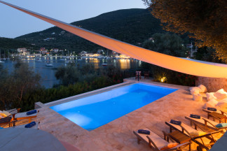 Villa Sivota, Exclusive Villa on the Beach with 99