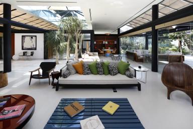 Spacious living room with a view over Rio de Janeiro