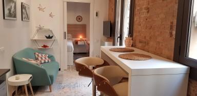 Ideal homebase in Barceloneta for freelance watersports lovers!