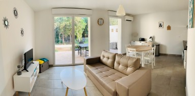 Charmante villa T3 neuve, piscine et parking