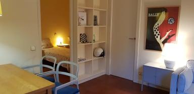 Rambla L - Plaça Catalunya: comfy + spacious 2 bedroom apartment