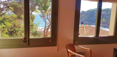 Tamariu 3 - Sea Views  under pine trees, free wifi + terrace. 50m from sea