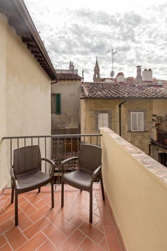 Apartment Cozy   Bright Top Floor Flat by Santo Spirito photo 20288932