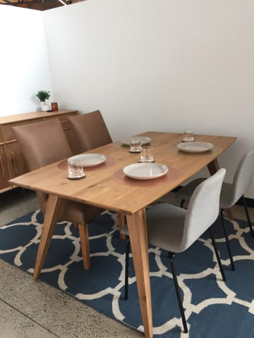 Hans 165cm dining table 02