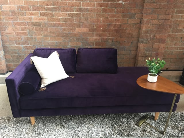 Kate daybed amethyst purple 02