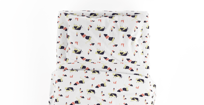 Sitting Deer Kids Standard Sheet Set