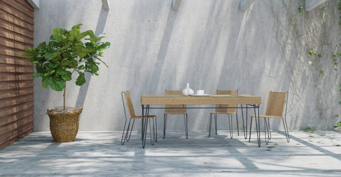 Sorelle Outdoor Dining Table