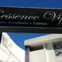 Vaga Emprego Auxiliar cabeleireiro(a) Saúde SAO PAULO São Paulo SALÃO DE BELEZA lessence-vip